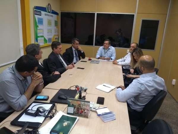 reunião com prefeitura de Manaus e presidentes